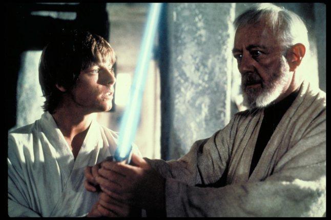 Luke-and-Ben-ben-kenobi-and-luke-skywalker-27817047-1280-853